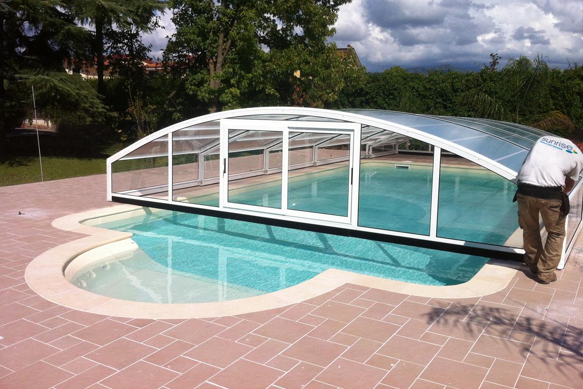 Coperture telescopiche per piscine - Coperture mobili per piscine ...