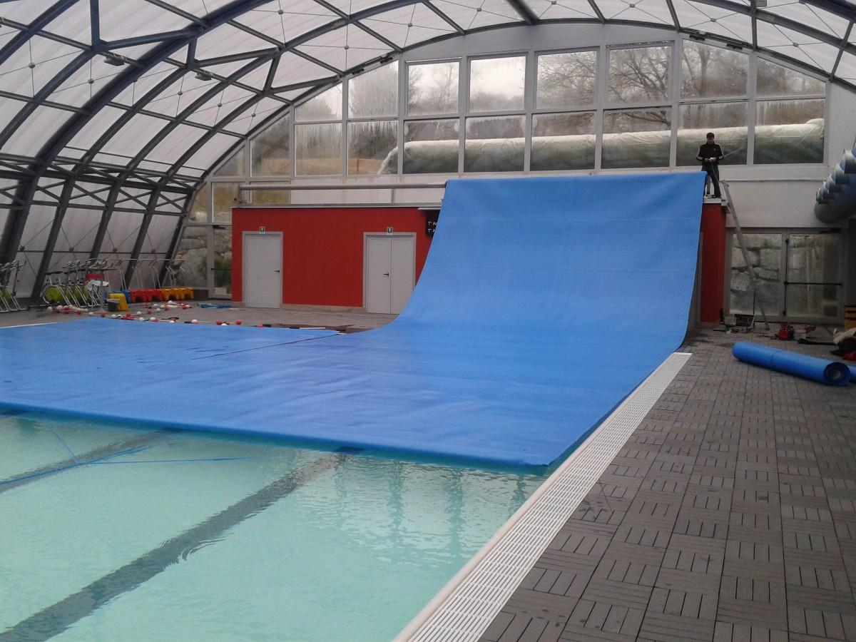 Teli di copertura isotermici per piscine for Teli per piscine interrate