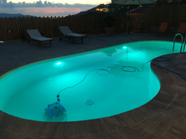 illuminazione in piscina