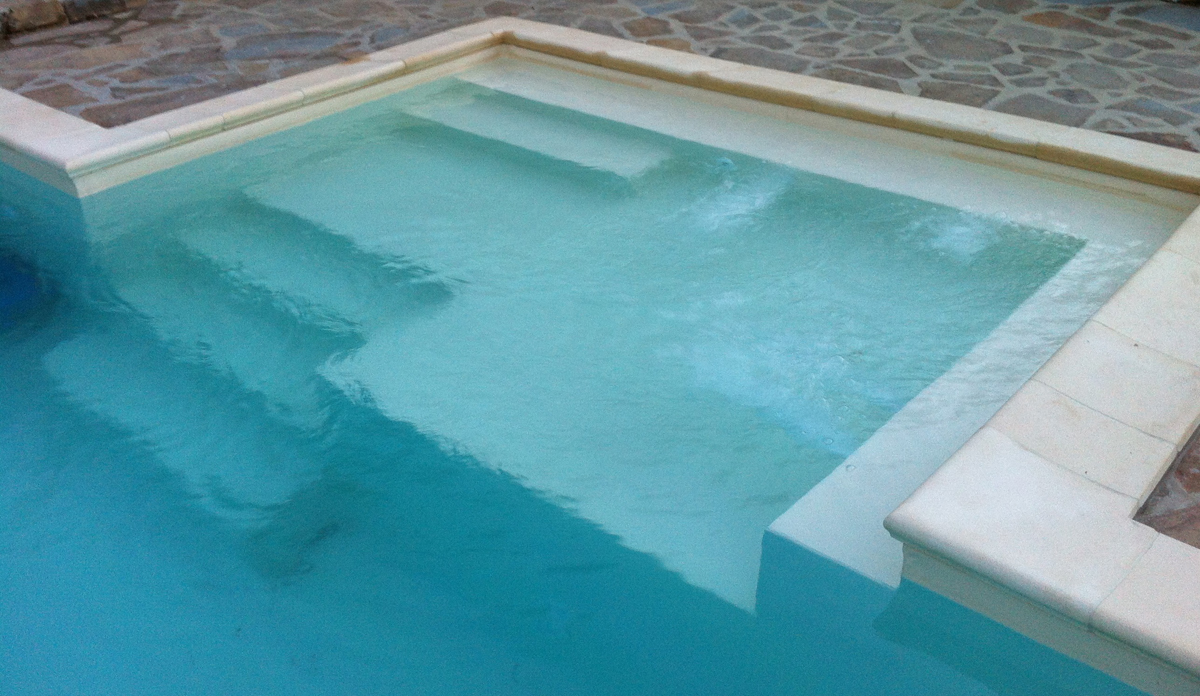Scalinata with quanto costa costruire una piscina - Quanto costa costruire una piscina interrata fai da te ...